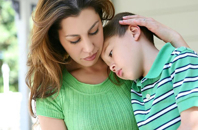 Mother and her child in a wrongful death attorney from delaware