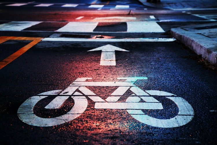 What to Consider if a Bicyclist Is Struck by a Vehicle in a Bike Lane